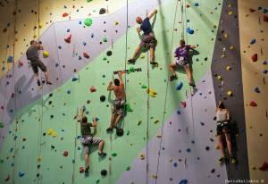 urban wall milano climbing factory corso base arrampicata indoor outdoor rockspot nordovest