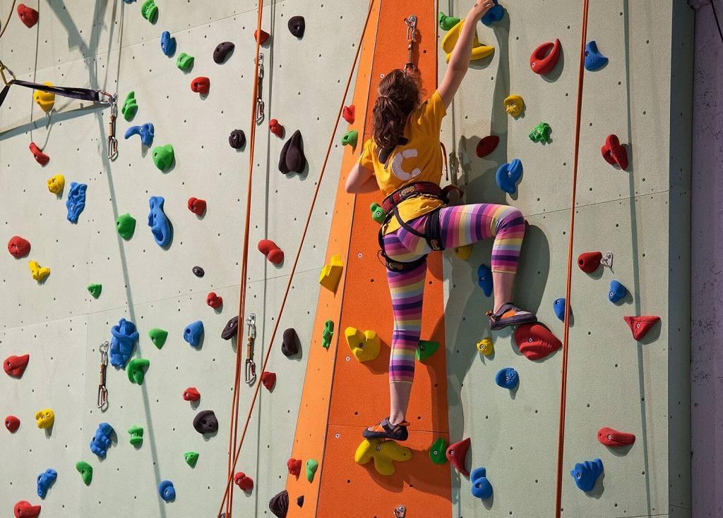 urban wall milano climbing factory corso base arrampicata indoor rockspot nordovest