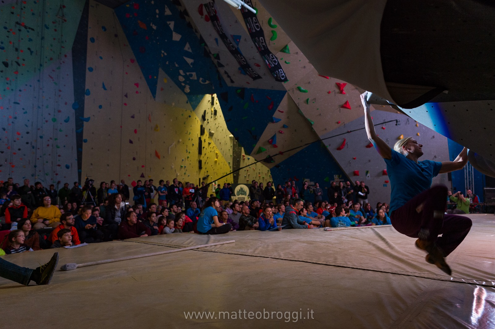 Scalare Pareti Milano : Tutti a scalare le pareti foto di la voce di rovigo